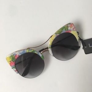 Sunglasses, cat eye with a floral frame
